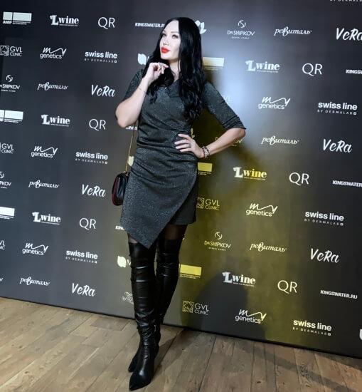 Певица Мира, в числе многочисленных гостей церемонии из мира шоу бизнеса и представителей творческой элиты вручила награды четырем номинантам.